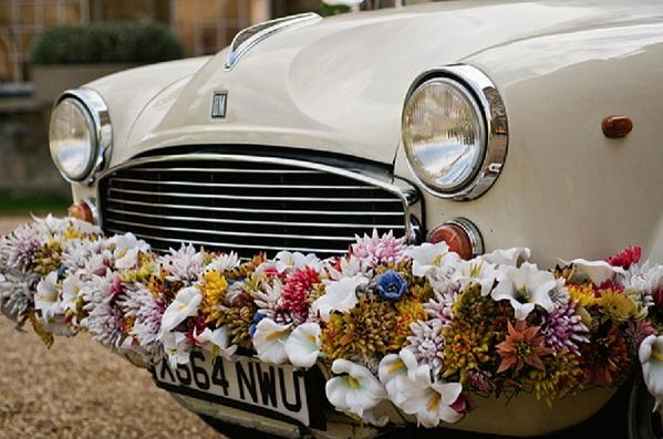Ιδέες για τον γαμήλιο στολισμό του αυτοκινήτου